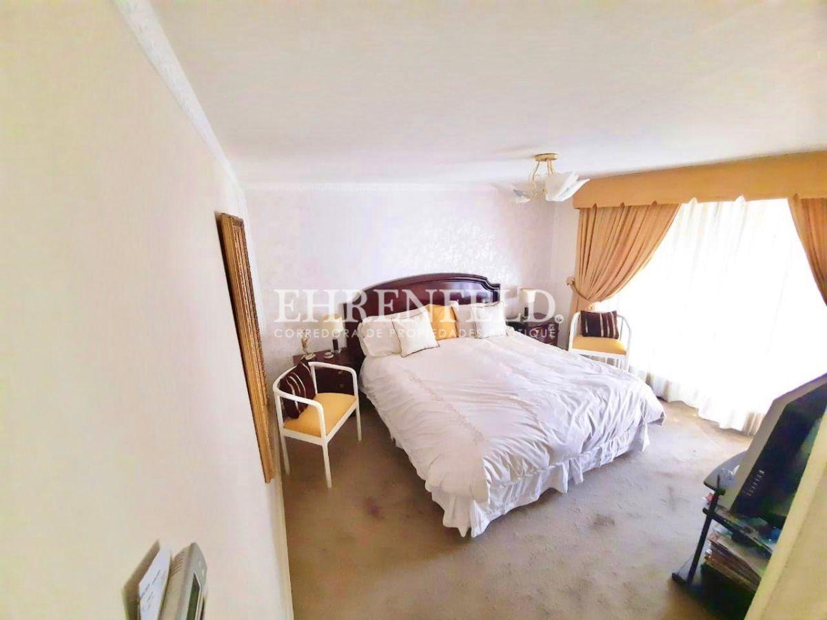 17 de 26: Dormitorio principal