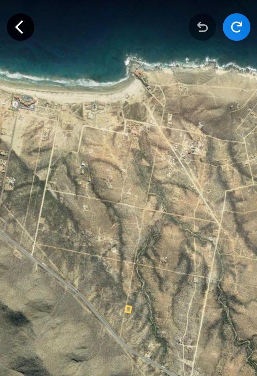 2 de 6: Terreno en Cerritos Vista aerea