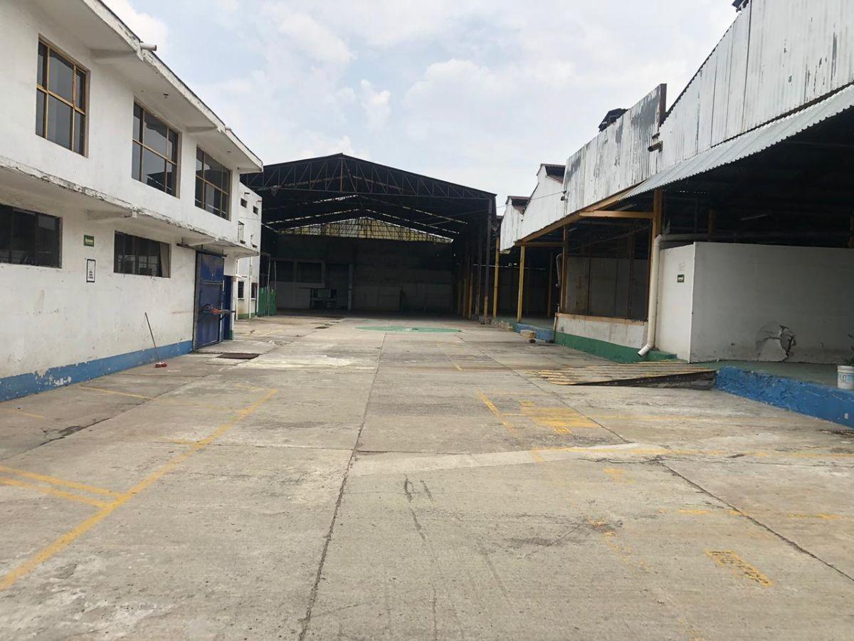 1 de 12: Excelente layout, patio maniobras, área de descarga