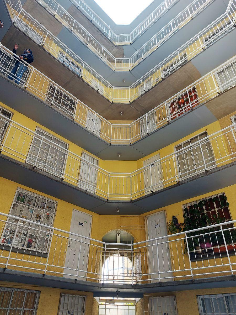 15 de 18: Edificio (Vista Interior)