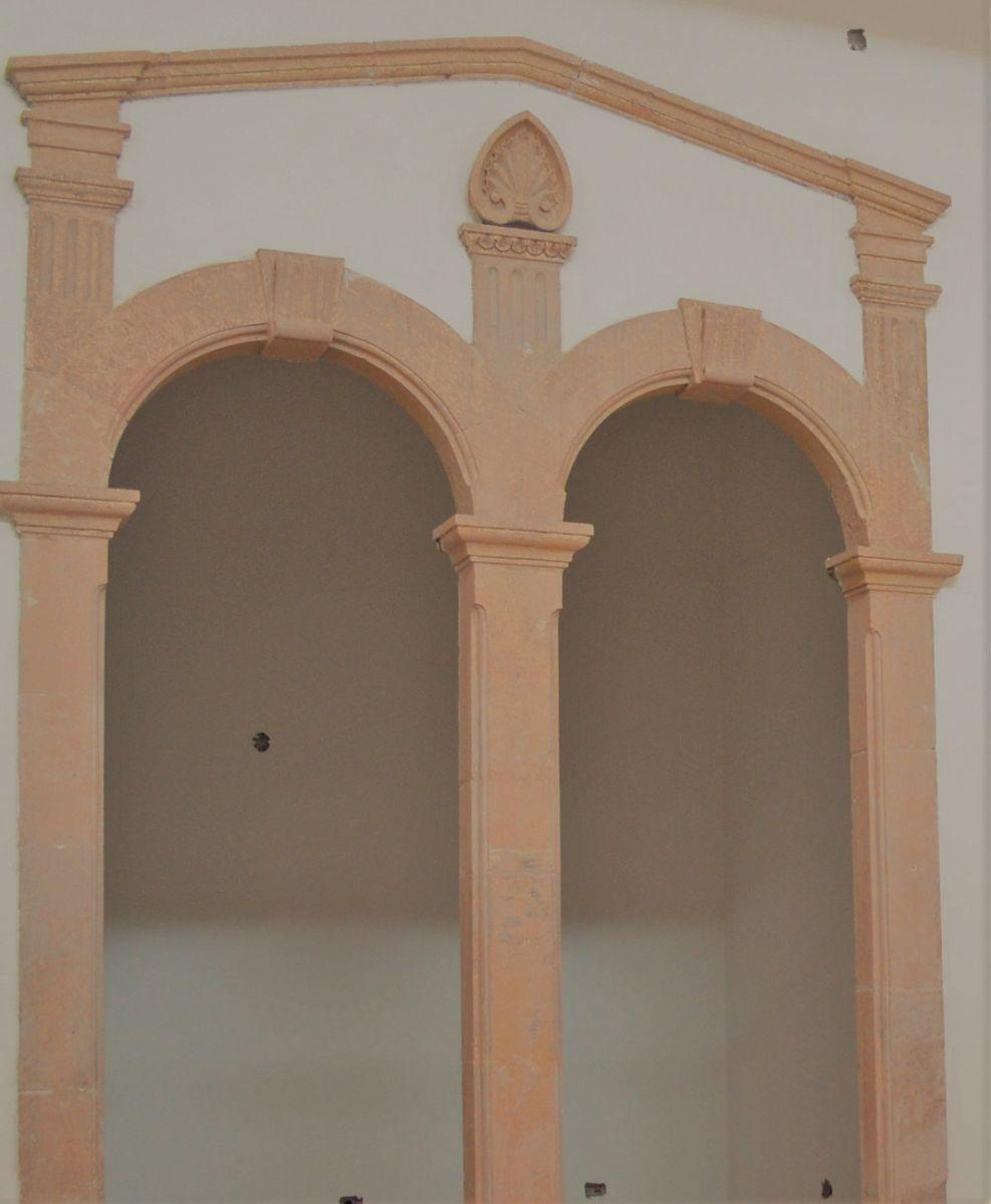 2 de 8: detalles en paredes del siglo pasado