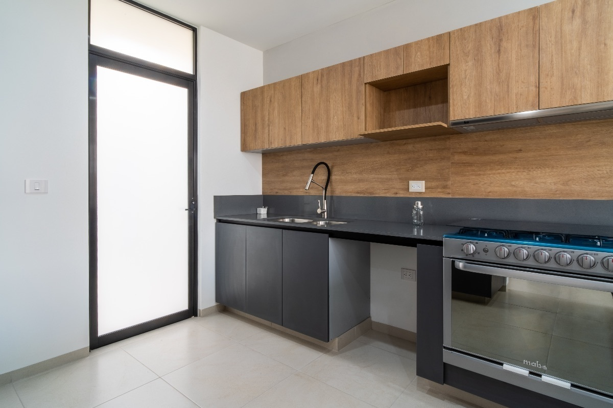 10 de 26: Cocina y área de lavado