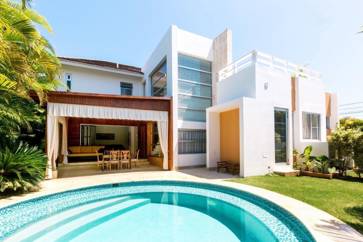 1 de 31: Villa alquiler punta cana village 4 dormitorios con picuzzi