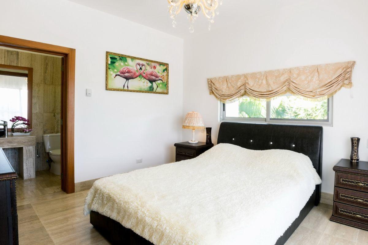 30 de 31: Villa alquiler punta cana village 4 dormitorios con picuzzi
