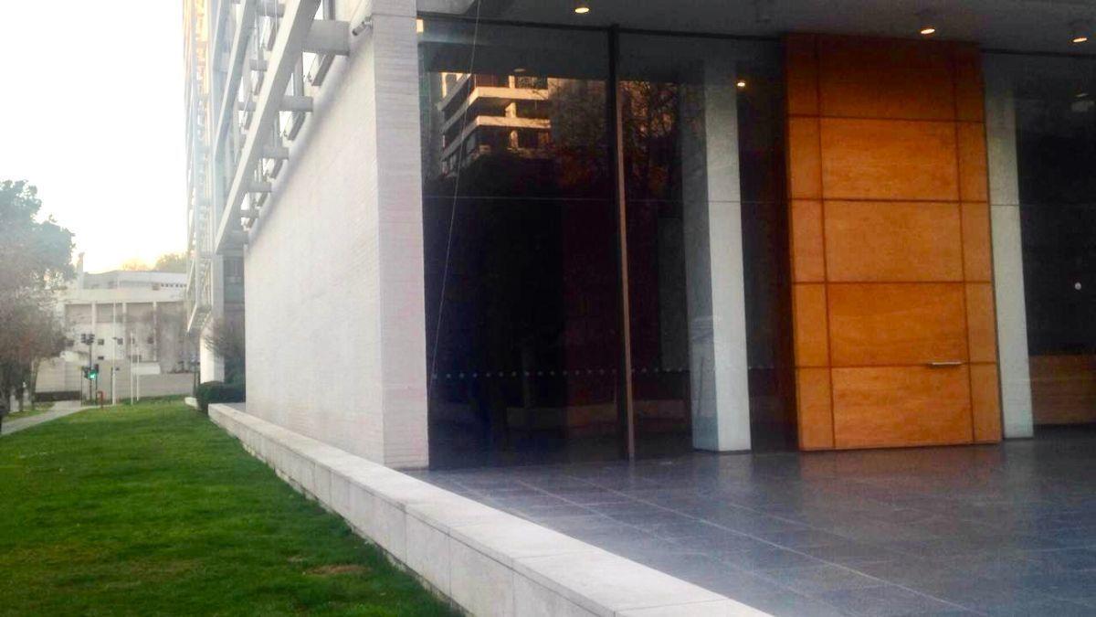 7 de 11: Jardín edificio