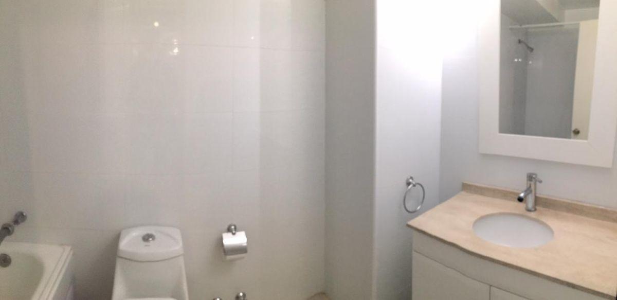 10 de 18: Segundo baño