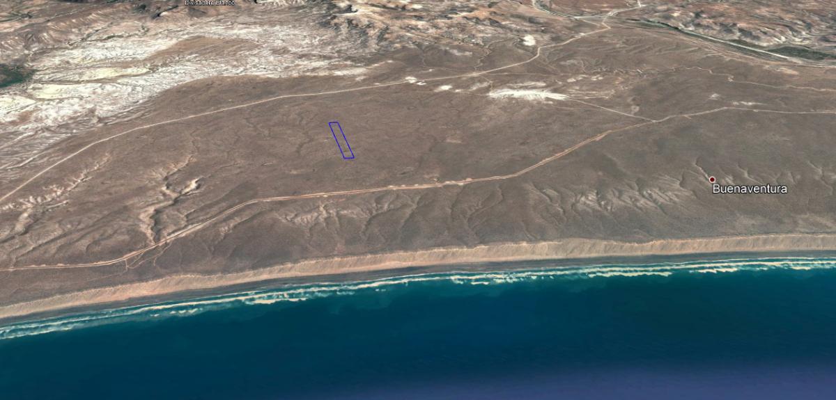 5 de 6: plano general, distancia playa y carretera