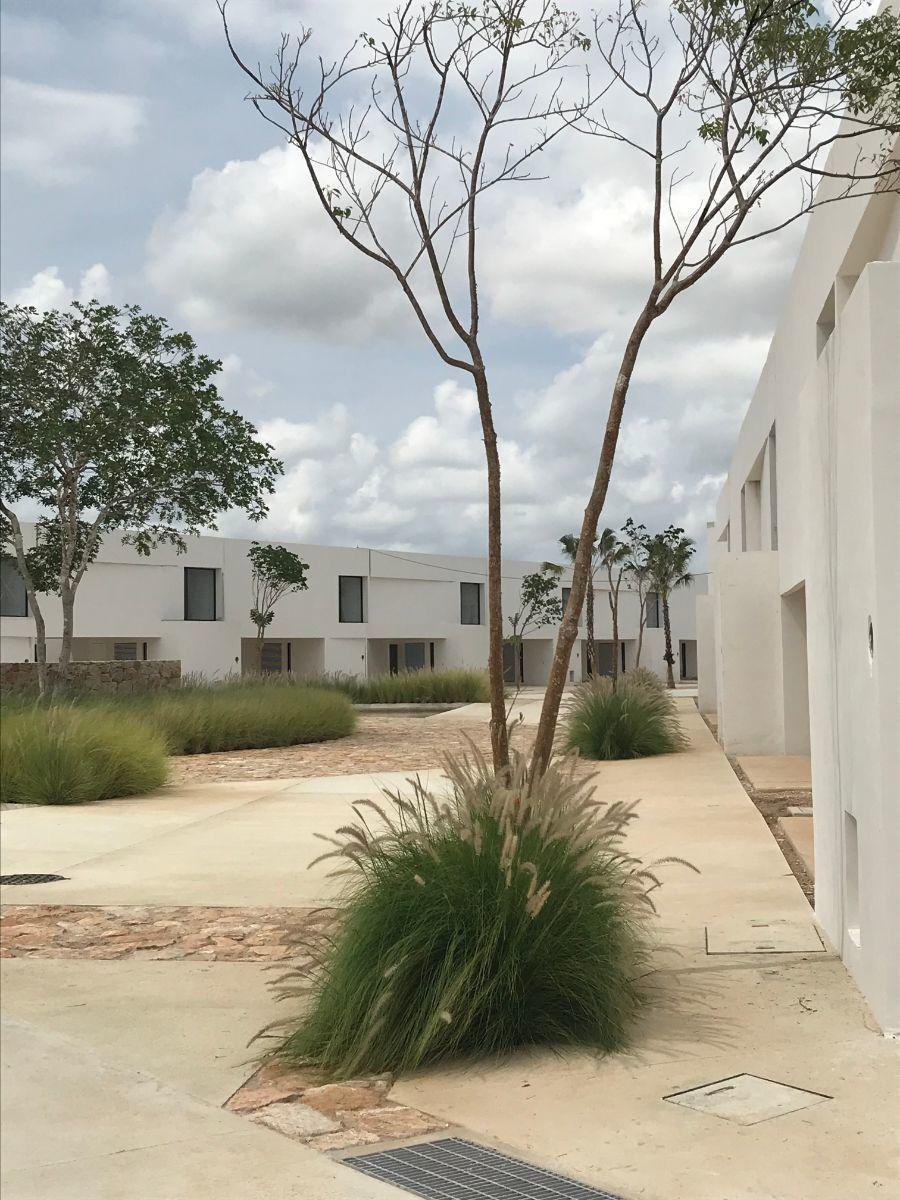 1 de 23: Conjunto  Residencial Oasis