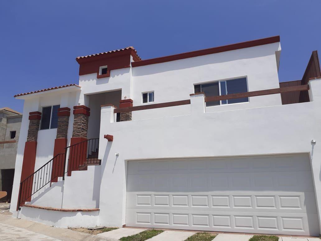 1 de 6: Fachada casa de 3 niveles