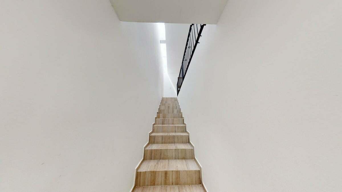 10 de 22: Escaleras Seguras
