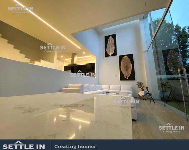 4 de 14: piso interior en las zonas sociales es de mármol
