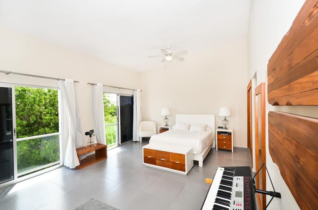 3 de 14: Phethouse 2 dormitorios
