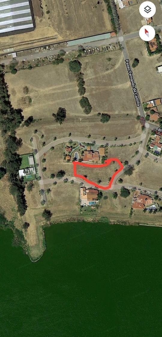 1 de 7: Área de los Terrenos Disponibles