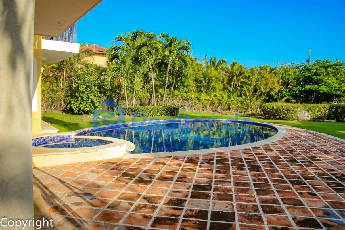 19 de 43: Villa en cocotal en venta 3 dormitorios + familiy room