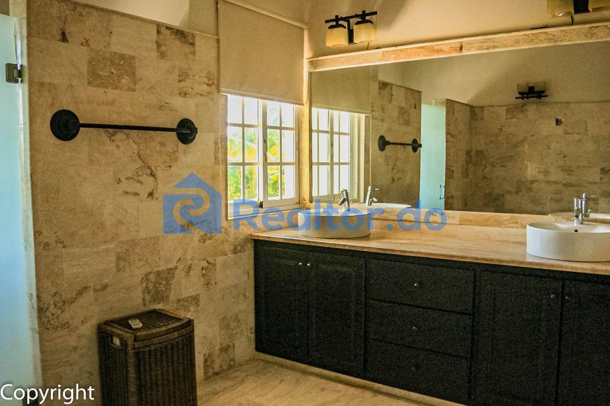 30 de 43: Villa en cocotal en venta 3 dormitorios + familiy room