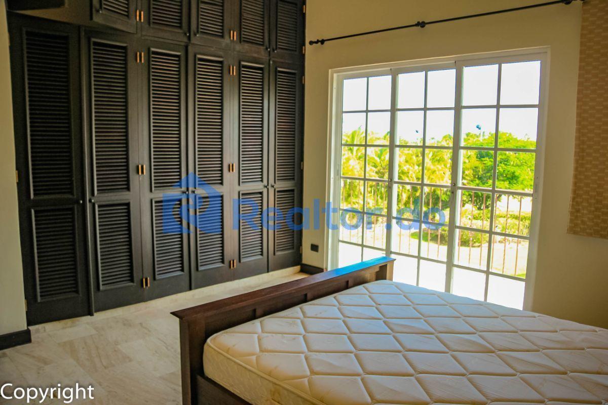 38 de 43: Villa en cocotal en venta 3 dormitorios + familiy room