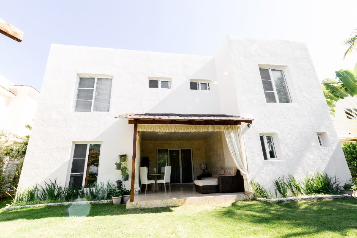 1 de 46: Villa Punta Cana village en venta 2 niveles 4 dormitorios