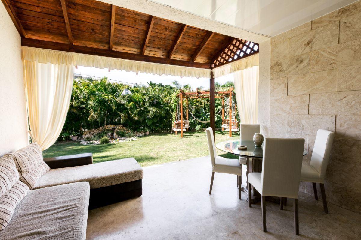 10 de 46: Villa Punta Cana village en venta 2 niveles 4 dormitorios