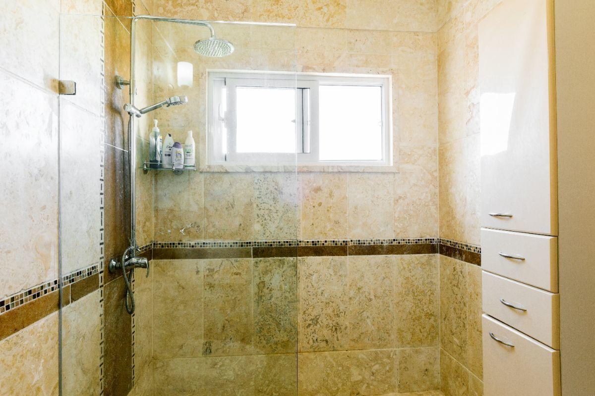 34 de 46: Villa Punta Cana village en venta 2 niveles 4 dormitorios