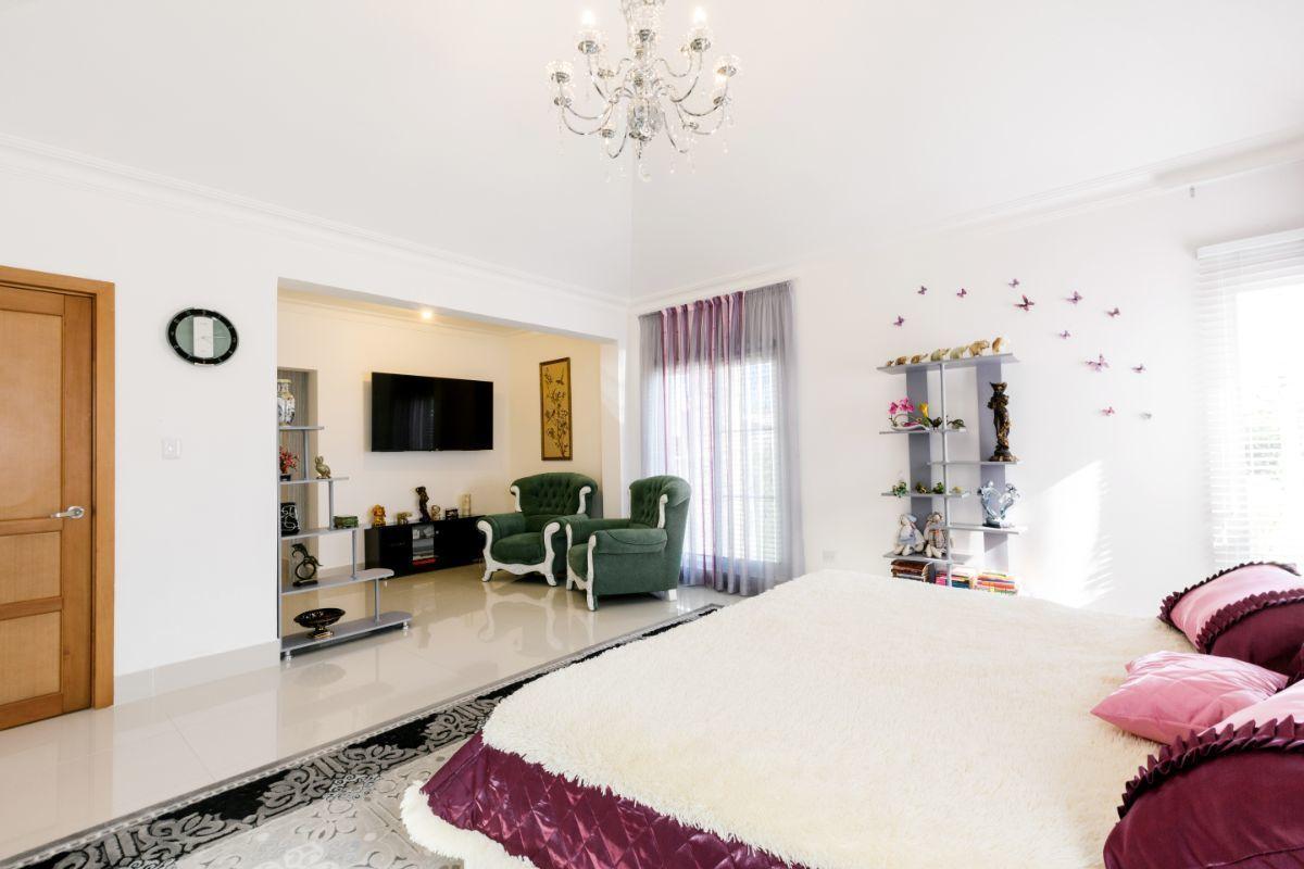 46 de 46: Villa Punta Cana village en venta 2 niveles 4 dormitorios