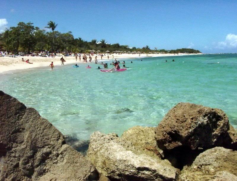 13 de 26: Playa  Grande Luperon