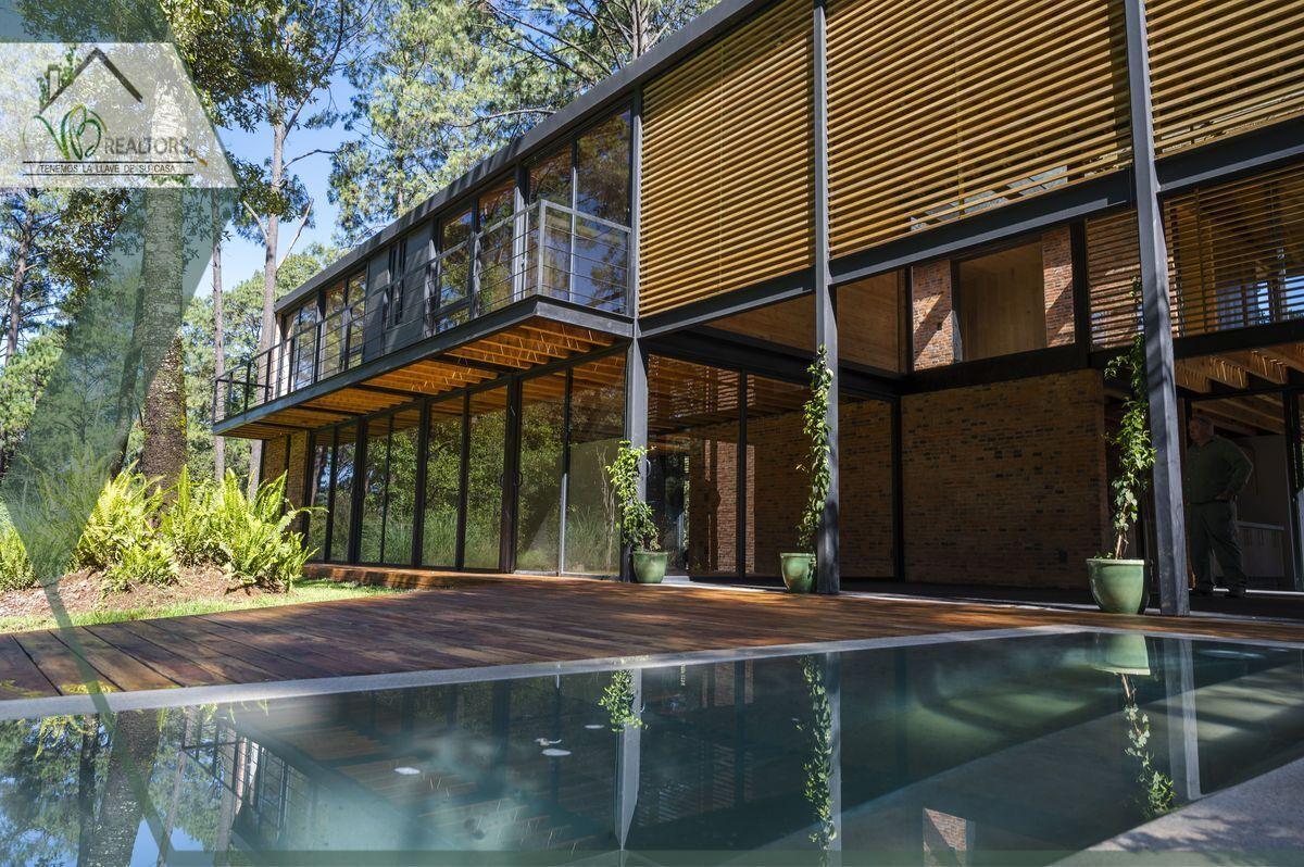 1 de 44: Fachada al Faiway www.vbrealtors.net Casa en Venta