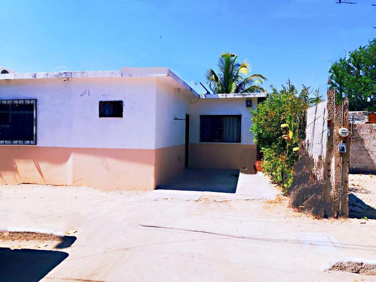 1 de 2: Casa vista por fuera