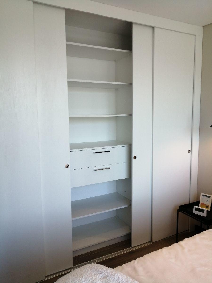 11 de 11: Amplio closets