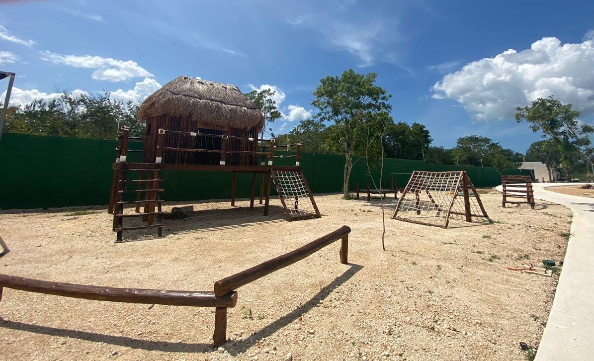 17 de 17: Parque rústico para niños.
