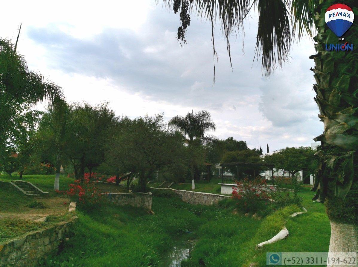 7 de 14: Área verde, áreas comunes.