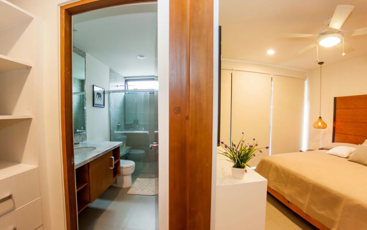 14 de 26: baño completo con closet