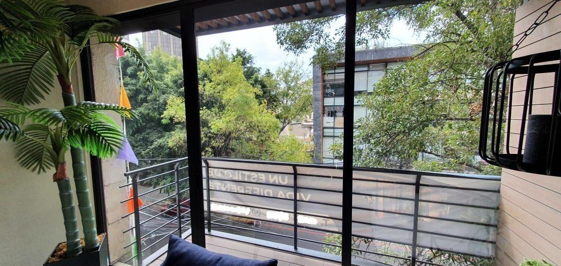 3 de 36: balcon en estancia