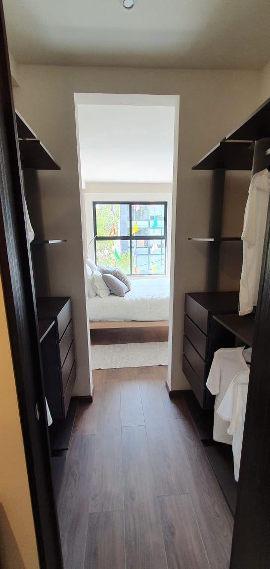 10 de 36: recamara principal con vestidor y baño