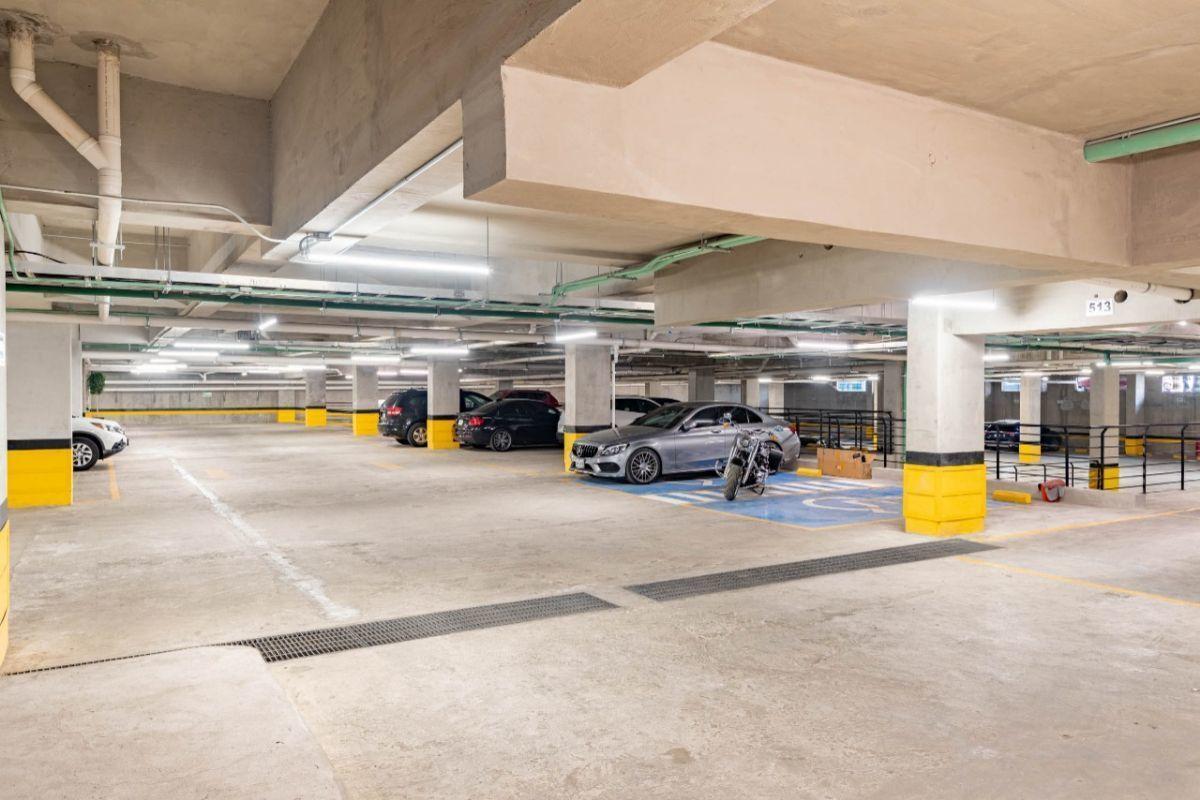 35 de 36: estacionamientos independientes