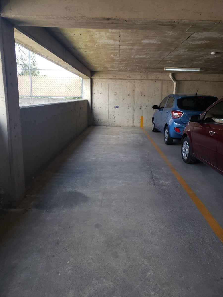 27 de 50: Estacionamientos