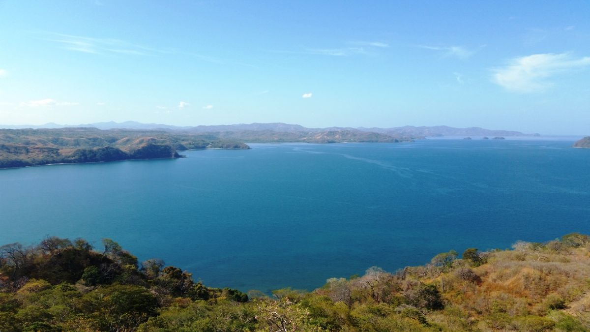 5 of 8: View of Culebra Bay to Catalinas