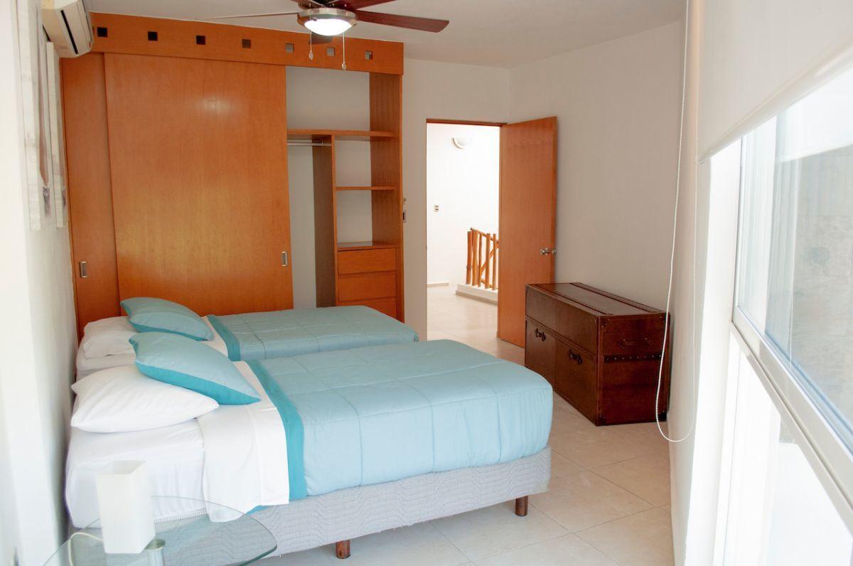 11 de 17: Green Canal - Second bedroom