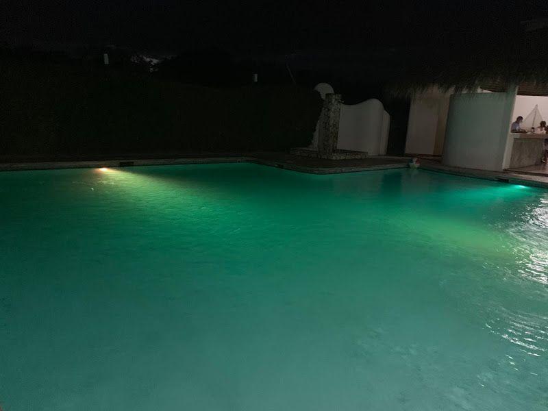 3 de 12: piscina