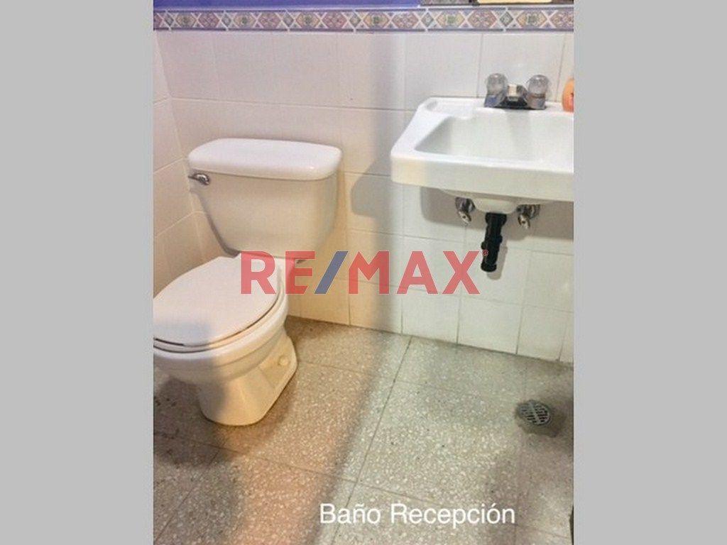 Remax real estate, Guatemala, Zona 15, Z.15 Clinica Médica En Alquiler Ed. Multimédica Vh. I
