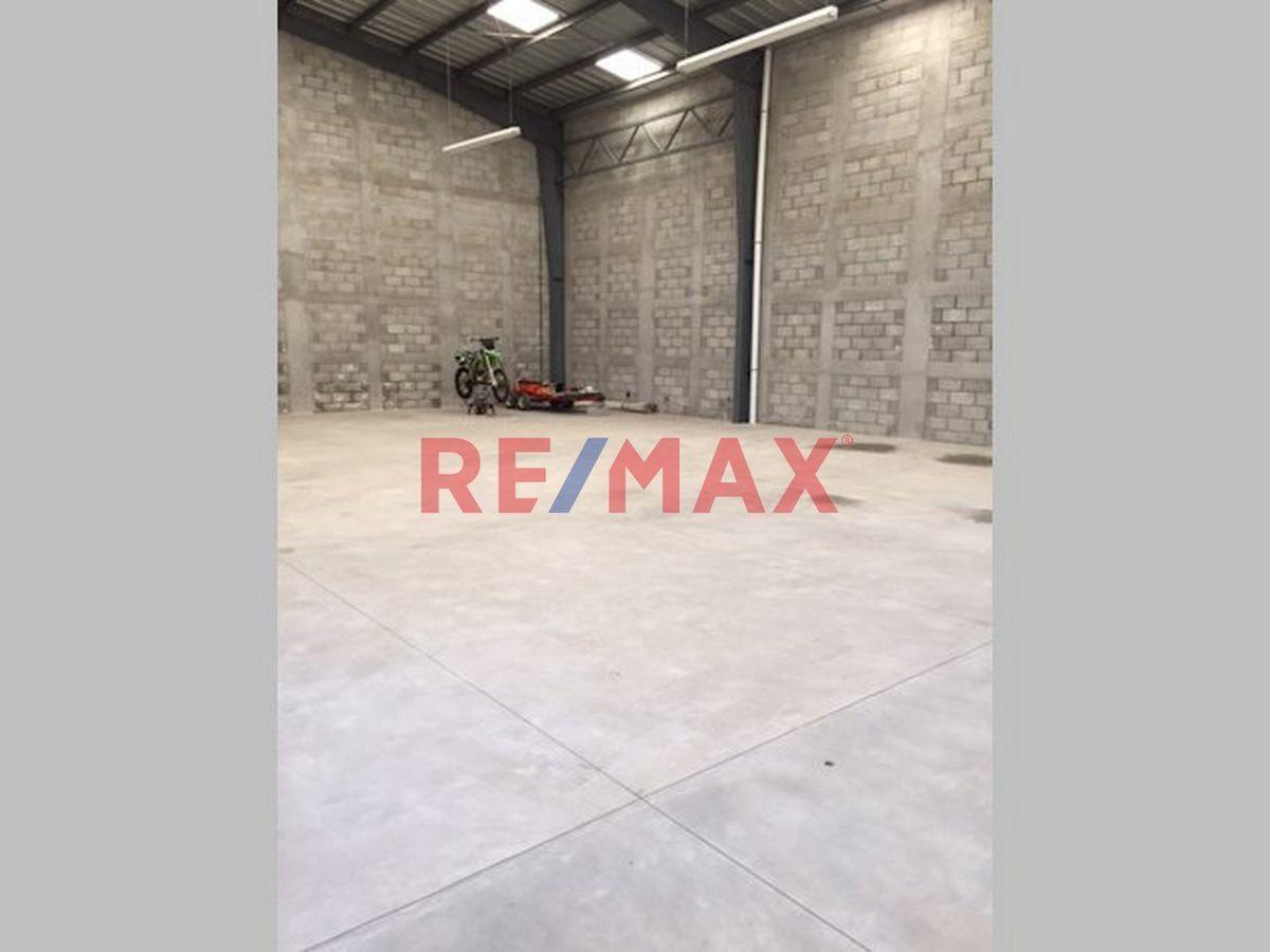 Remax real estate, Guatemala, Mixco, Z.8 Bodega En Alquiler, San Cristobal, Mixco