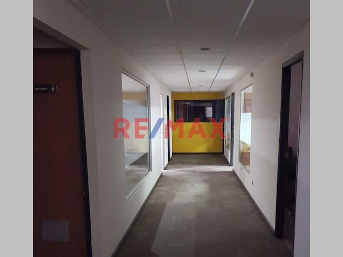 Remax real estate, Guatemala, Zona 09, Zona 9, Amplia Oficina En Edificio La Galeria