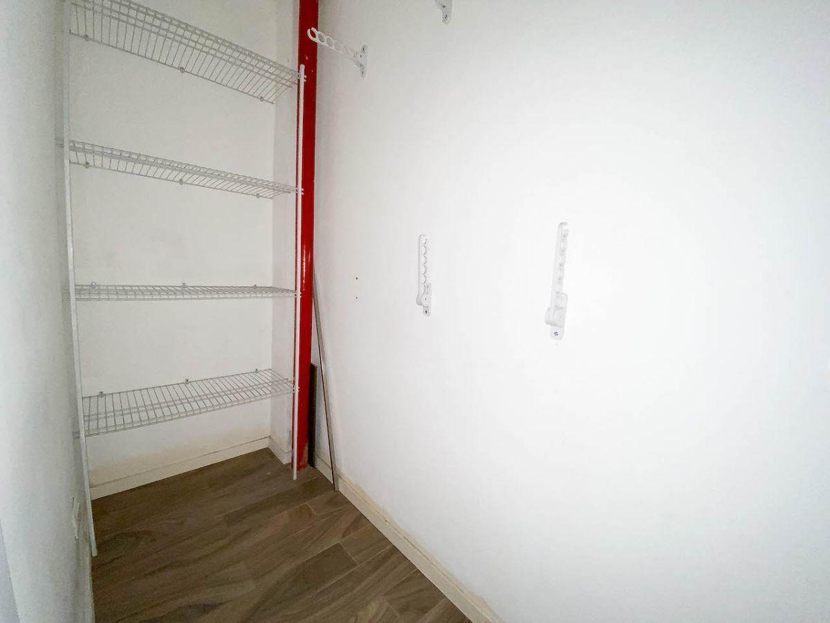 6 de 7: Espacio para almacén