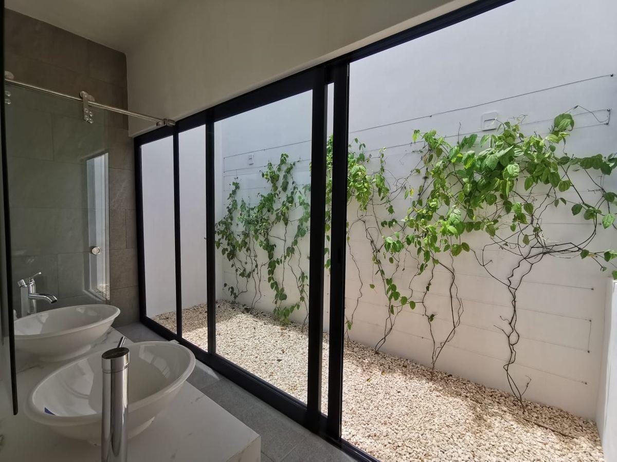 7 de 7: Imagen jardín planta alta