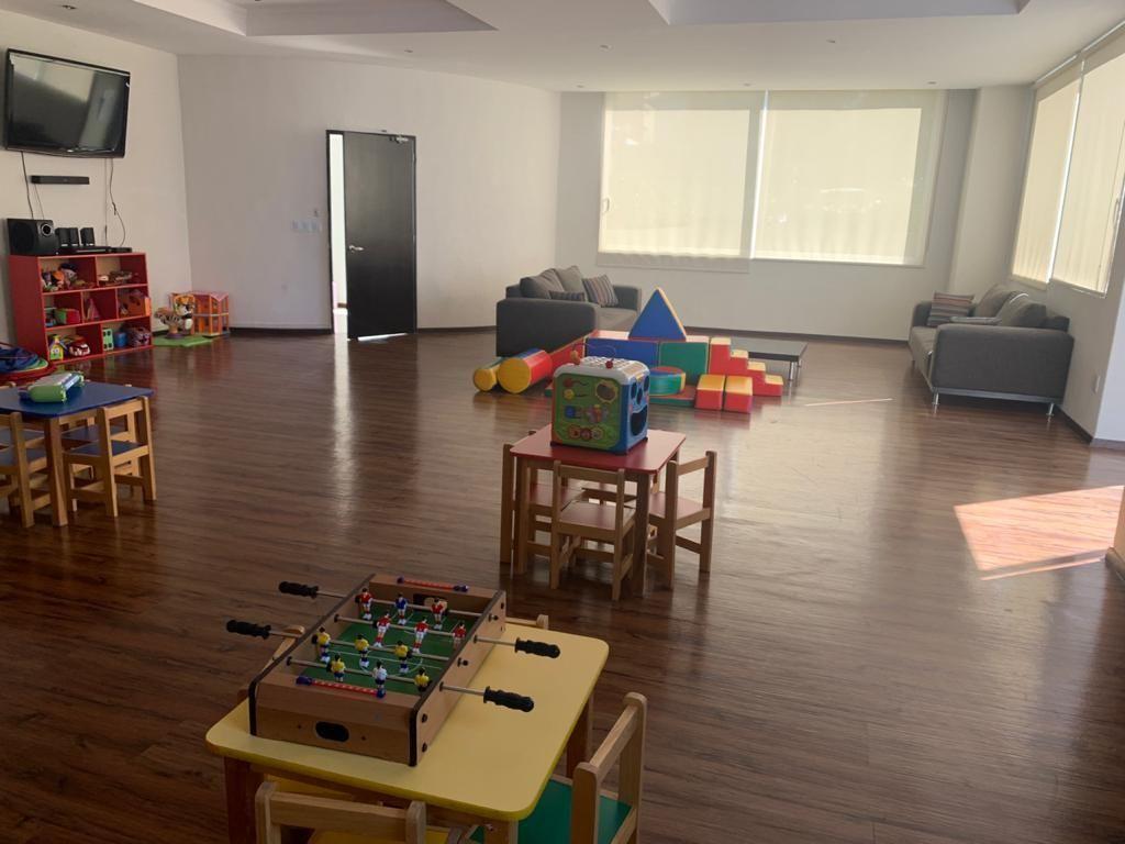 18 de 22: Salón de Niños