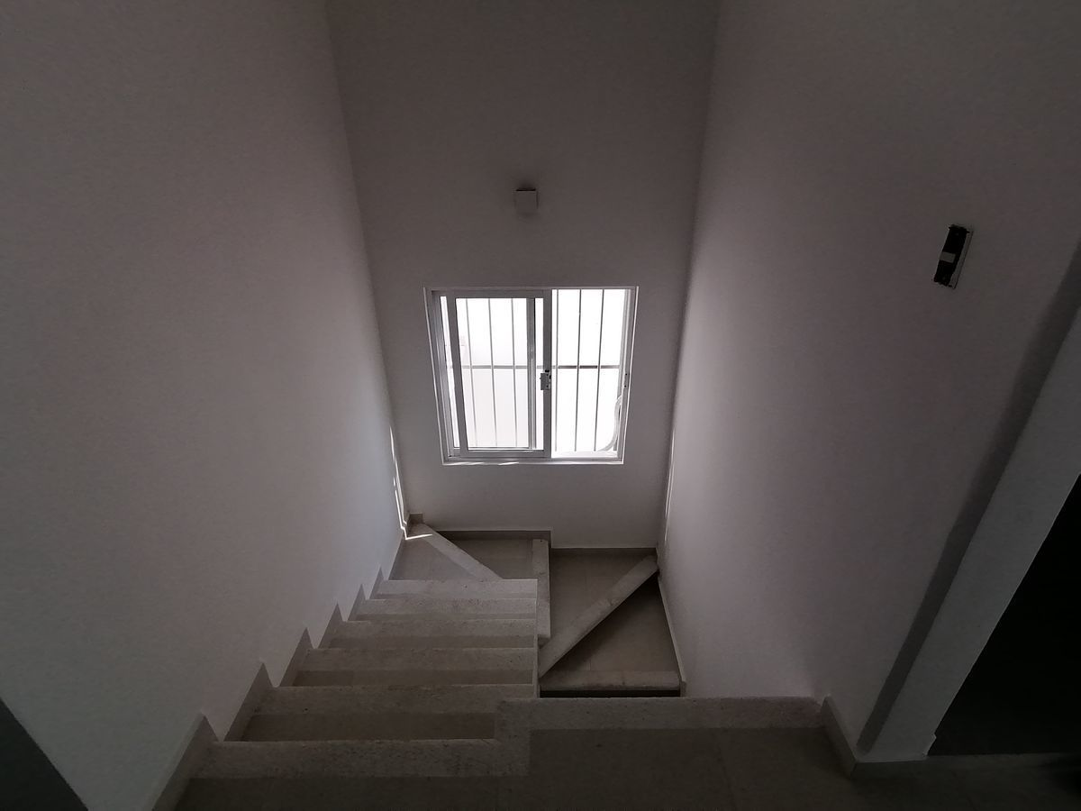 7 de 8: Escaleras