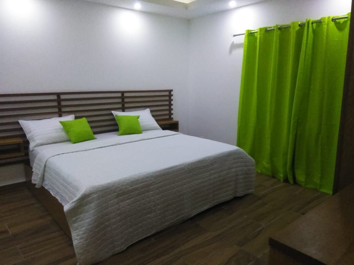 1 of 29: Hotel en venta samana 40 dormitorios vista la la bahia