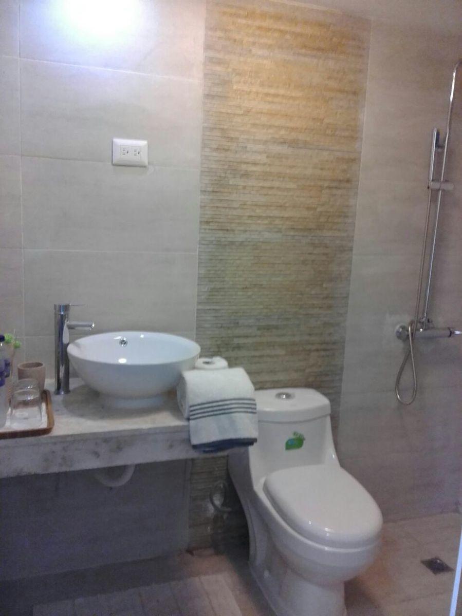 13 of 29: Hotel en venta samana 40 dormitorios vista la la bahia