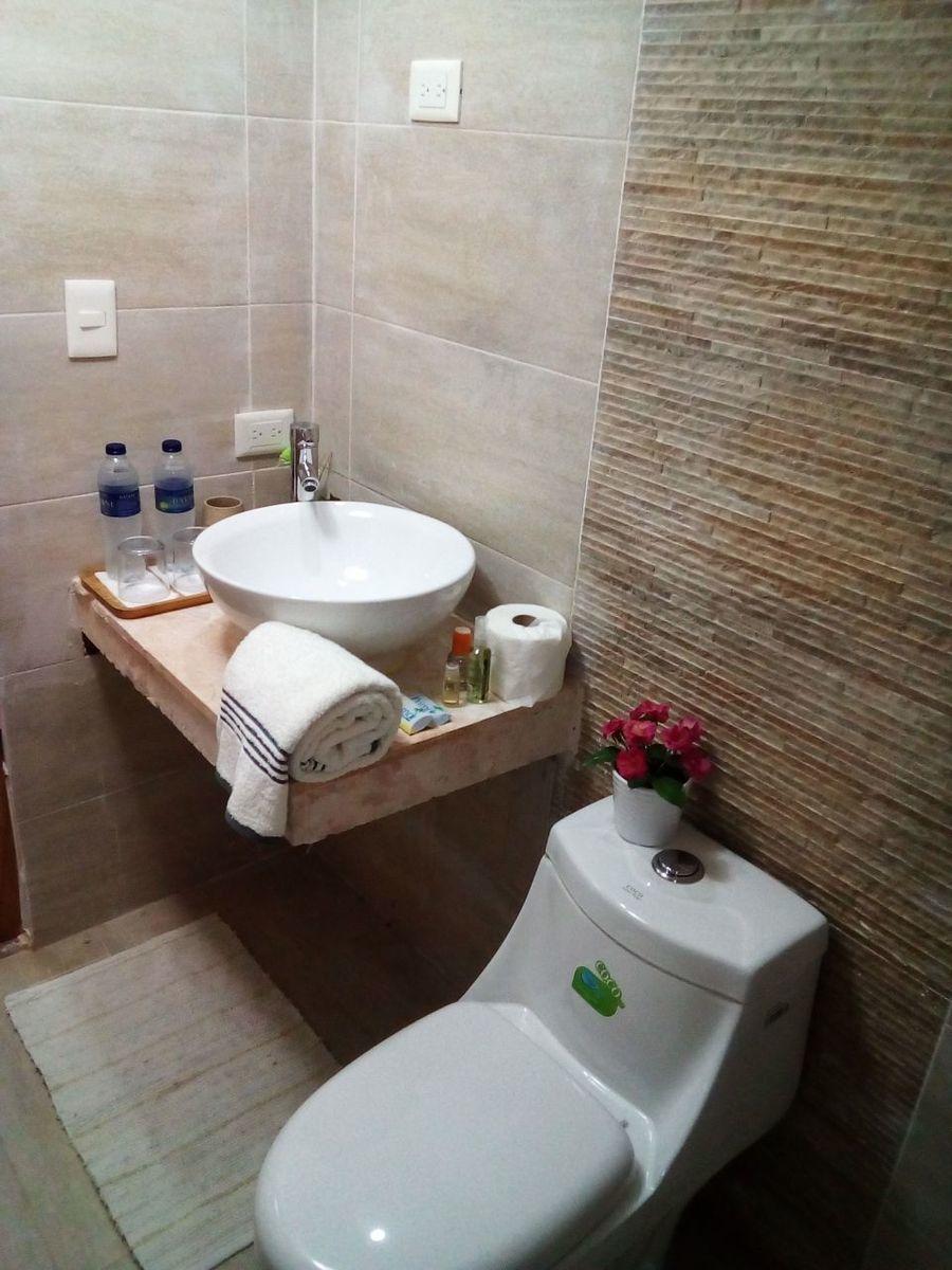 16 of 29: Hotel en venta samana 40 dormitorios vista la la bahia