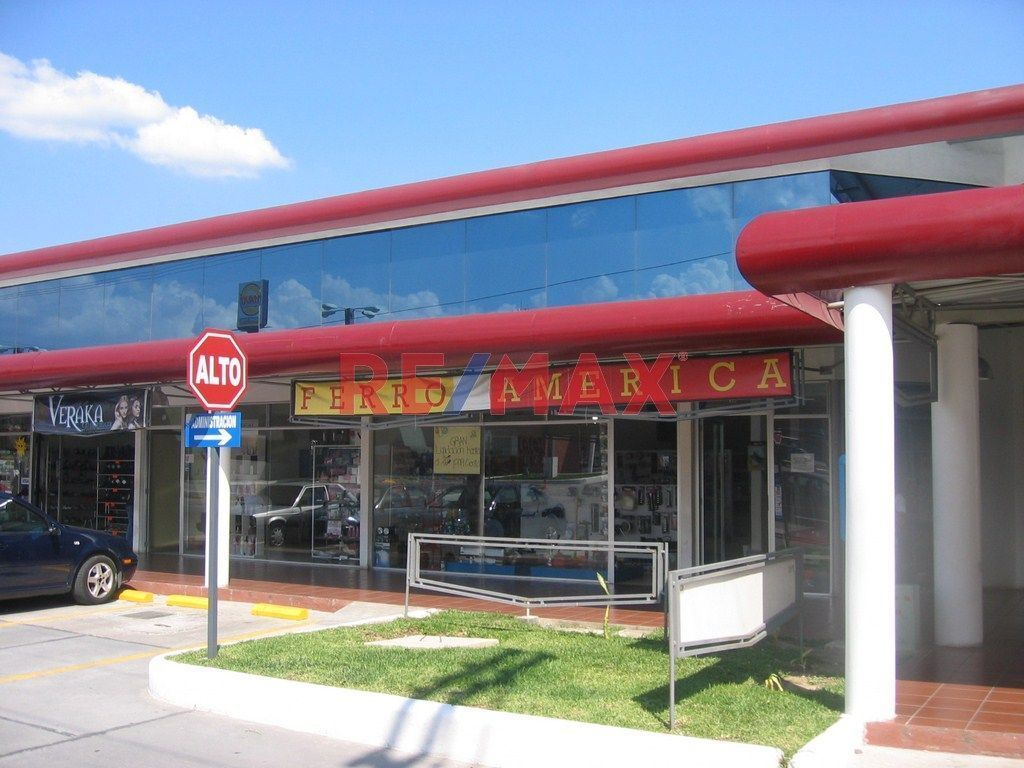 Remax real estate, Guatemala, Villa Canales, Z.7 Locales en Venta, C.C Paseo Villa Hermosa San Miguel Petapa