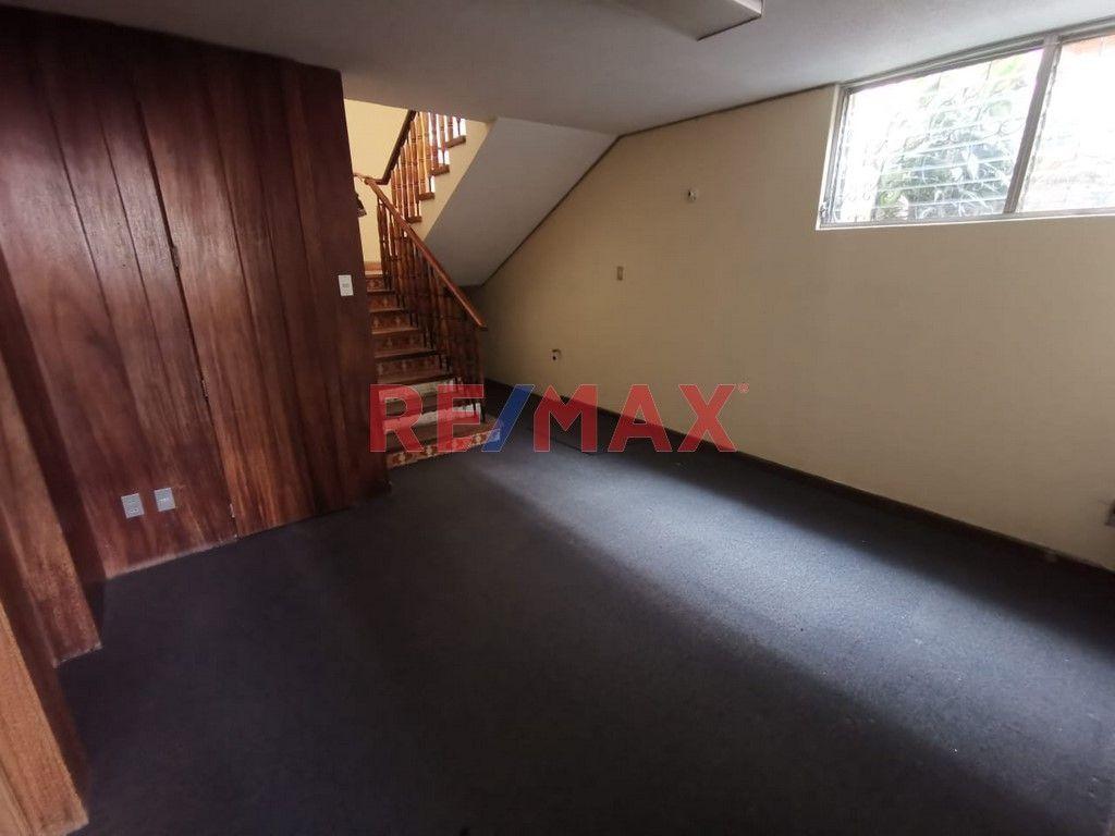 Remax real estate, Guatemala, Zona 15, Z.15 Casa Ideal para Oficinas en Vista Hermosa II